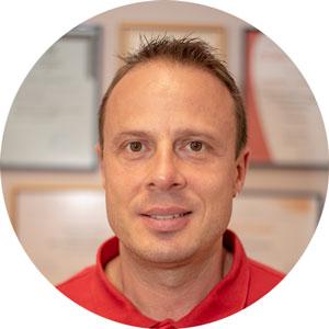 д-р Михаил Хараламбиев